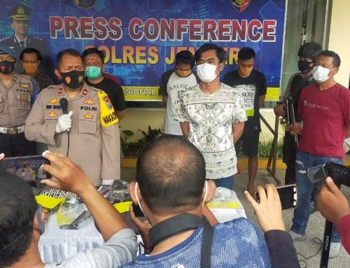 Satreskrim Polres Jember Tangkap 5 Pelaku Pengerusakan dan Pengancam Jurnalis